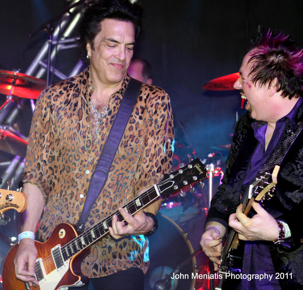 Paul Stanley performs live with a camper